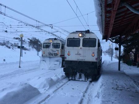 Adif y Renfe trabajan para poder restablecer algunas relaciones ferroviarias