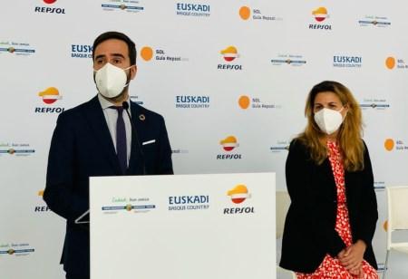 El Consejero JHurtadoGV ha presentado la 3º edición de la entrega de los #SolesGuiaRepsol en #DonostiaSanSebastian