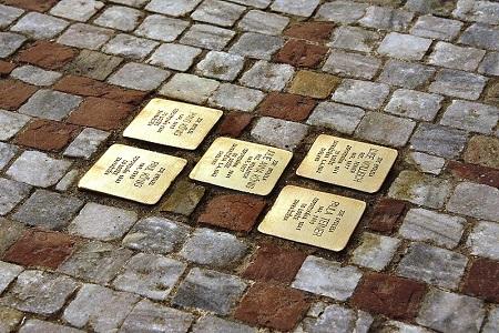 memorial a los zamoranos deportados