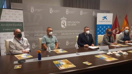 La Diputación de León acoge la presentación de 'A Santiago contra el cáncer' 2021.