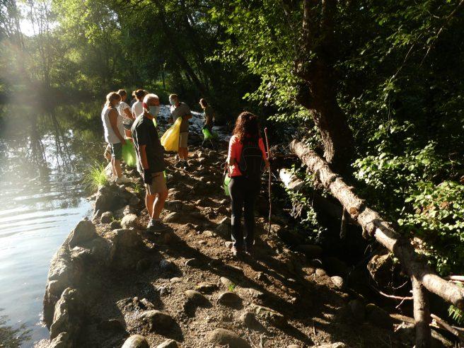 CRYOSANABRIA realiza un voluntariado del río Tera en Galende