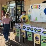 La Universidad de Salamanca organiza un reparto de plátanos solidario en apoyo a La Palma