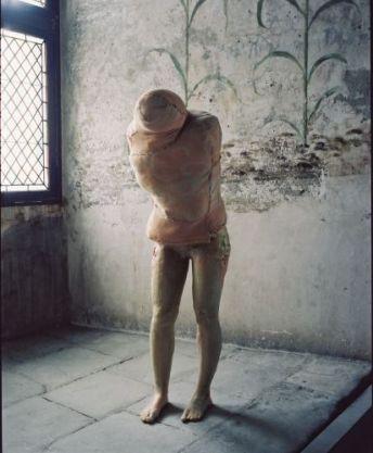 Berlinde De Bruyckere, Aanéén-genaaid, 1999