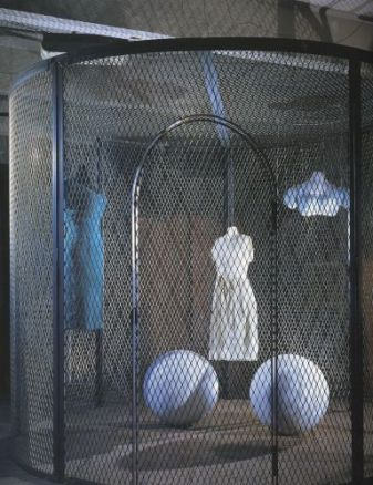 Louise Bourgeois, Cell XXV(The View of  the World of the Jealous Wife), 2001