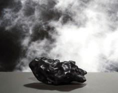 Météorite ©Colombe Clier 2013, Exposition Nuage Arles
