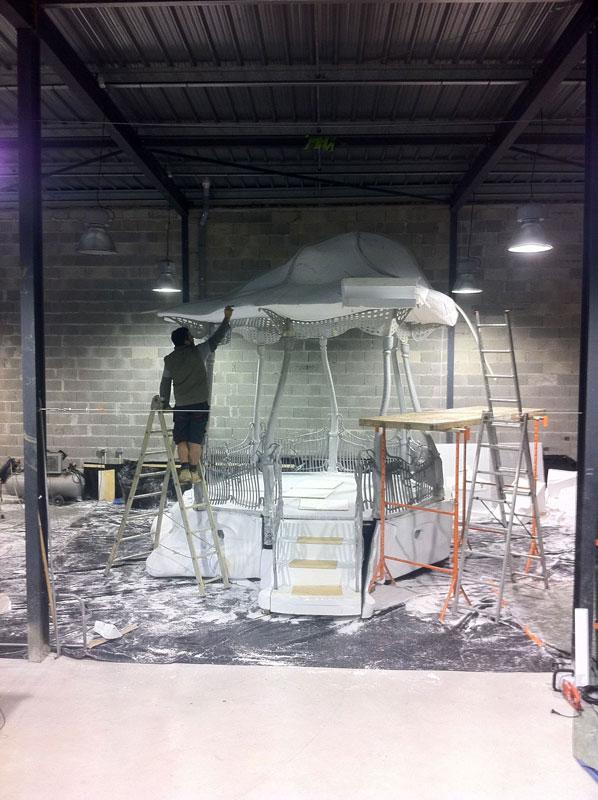 Construction de l'oeuvre, à l'atelier de CHD Production, novembre 2013