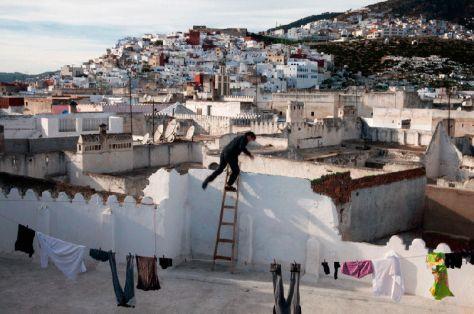 Jordi Colomer, Médina (Parkour), 2013. Video a partir de photographies numériques. HD-Cam, 16/9, couleur, muet, 3:05. Production : Trankat en partenariat avec Coproducciones