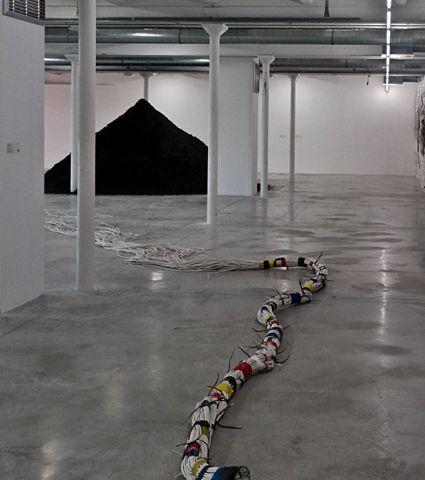 Mounir Fatmi, Mondes parallèles, 1999-2008
