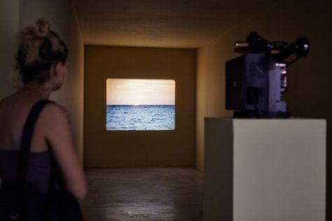 Tacita Dean : « The Green Ray », 2001 - Vue de l'exposition FOMO, Sextant et plus, Friche la Belle de Mai, Marseille - Photo : Jean-Christophe Lett