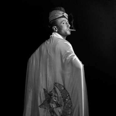 """Augustin Le Gall, Esprit Yarima el Bey, série """"Le dernier Arifa. Petite histoire du monde invisible. 2013"""" © Augustin Le Gall"""