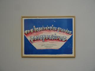 David Hockney, On a besoin de plus grandes perspectives. Affiche pour les Rencontres 1985. L'Arrivée du printemps. Vue de la salle d'exposition -Fondation Vincent van Gogh Arles