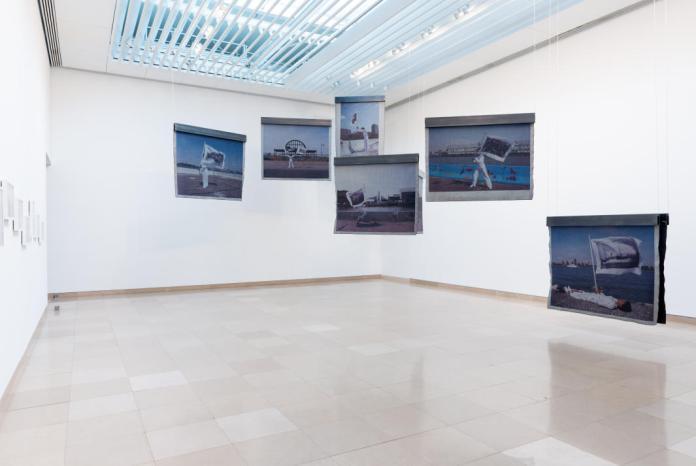 LaToya Ruby Frazier, Performing Social Landscapes à Carré d'Art vue de la salle 1 - Photo ®d