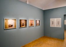 Elina Brotherus « La lumière venue du Nord » - Annonciation (2009-2013) 01
