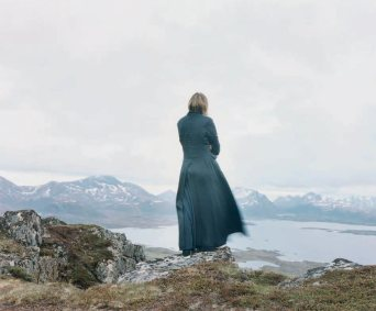 Elina Brotherus, Der Wanderer 2, 2004