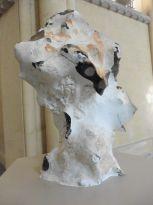 Exposition Athanor, Basserode, Stone touched, 2015, Silex sur socle, trace de main à l'ocre, 40 X 40 x 130 cm, 2015