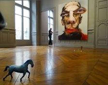 Urs Fischer, Drained, 2016, Runaway Tulip, 2016 et Crying Horse, 2016 - «Mon cher…» à la Fondation Vincent van Gogh Arles