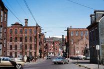 Chester H. Liebs, Zone industrielle, périmètre historique de Great Falls, Paterson, New Jersey, juin 1973 © Chester H. Liebs