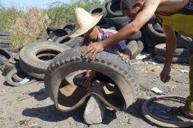 Une cordonnerie de pneus à Sidi Kacem, Maroc, 2016, photo Denis Chevallier © Denis Chevallier / Mucem