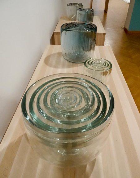 Jana Sterbak, Hard entry, 2003-2004