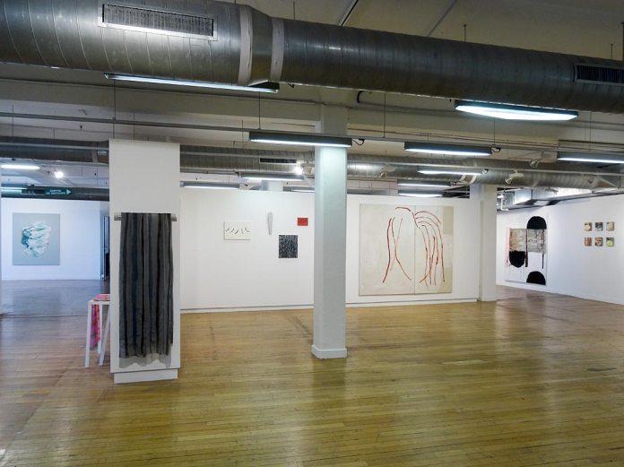 Les unes avec les autres… à Shirley Jaffe » - Galerie du 5e, vue de l'exposition 02