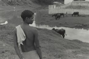 Benares, India, 1969-1971, Photographie de William Gedney avec l'accord de la bibliothèque David M. Rubenstein Rare Book & Manuscript Library at Duke University