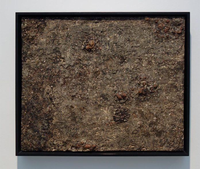 Jean Dubuffet, Texte aux pustules (Matériologie), décembre 1960 - L'outil photographique Rencontres Arles 2017