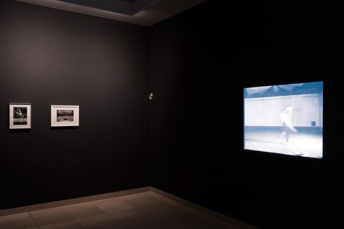A different way to move - Minimalismes - Salle 4 salon Photo (c) Cédrick Eymenier