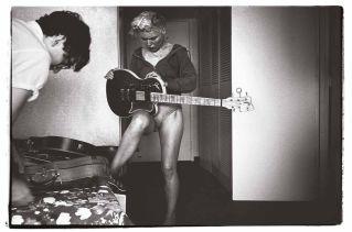 Annie Leibovitz, Chris Stein and Deborah Harry (Blondie), Indianapolis, Indiana, 1979.