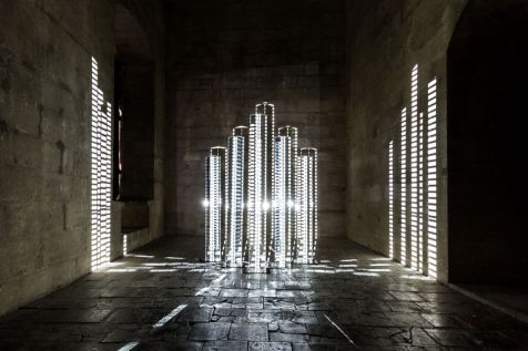 AILO «Light is more» au Château de Tarascon - Diffraction. Photo Fabrice Leroux