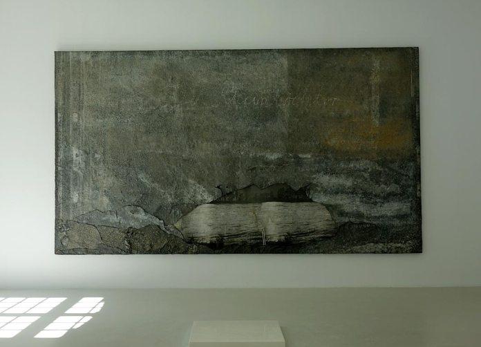 Anselm Kiefer, Les filles du Rhin, 1969-1989. Photographie et plomb sur toile, Collaction Lambert et Wolfgang Laib, Pierre de lait, 1996-1999, Marbre de Carrare et lait