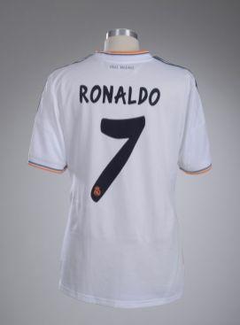 "Maillot Ronaldo Saison 2013-2014 Real Madrid. Mucem Yves Inchiermanj - Exposition ""Nous sommes Foot"" au Mucem - Marseille"