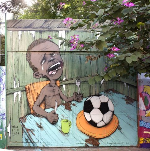 "Paulo Ito, Graffiti Starving Boy with Football, 2014 - Exposition ""Nous sommes Foot"" au Mucem - Marseille"