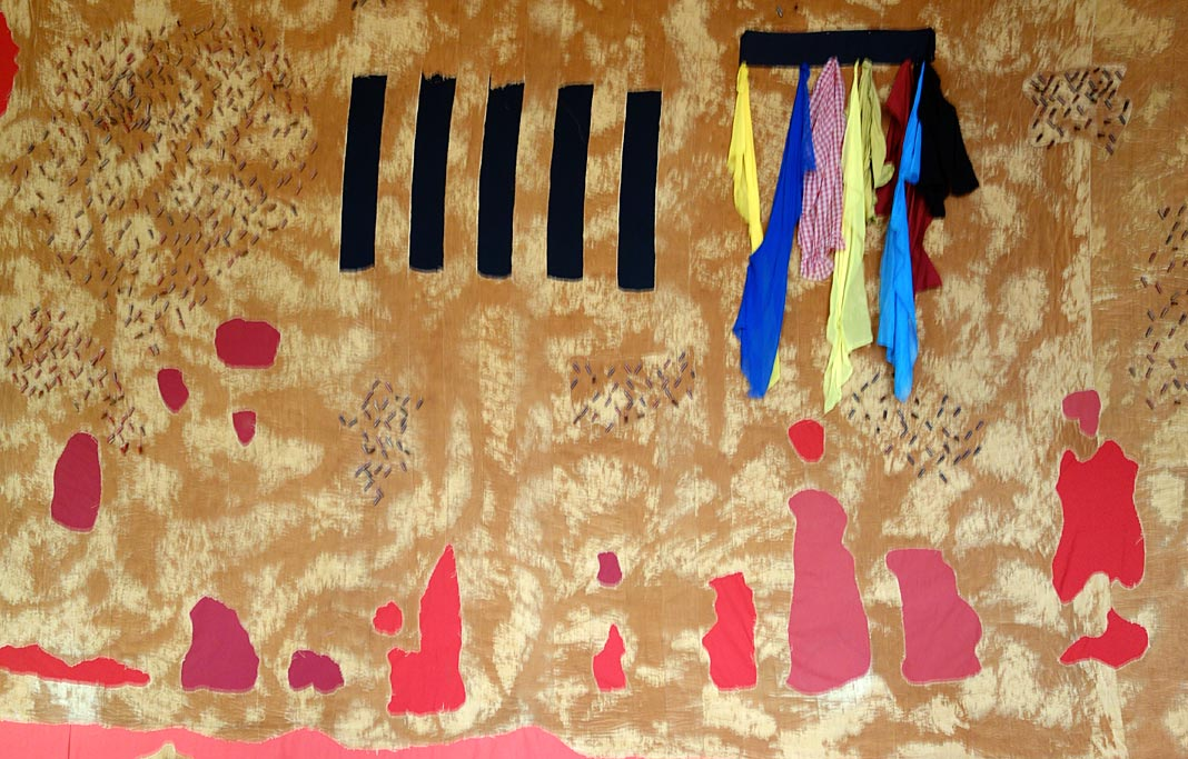 Abdoulaye Konaté, La zone des grands lacs, 2005 - Les Eclaireurs. Grand Tinel, Palais des Papes