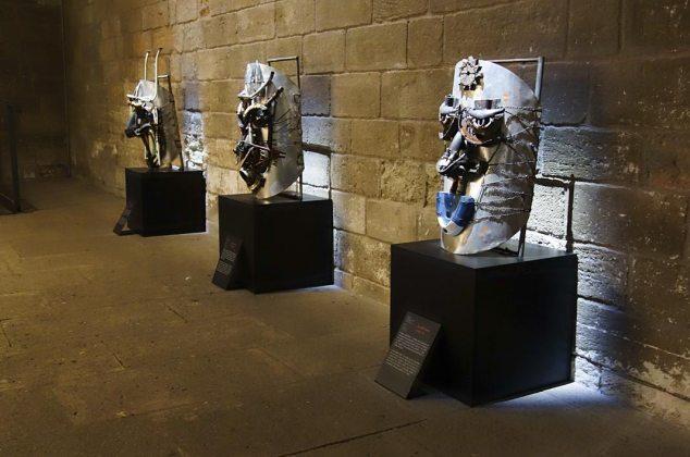 Joseph Francis Sumegne, Masques, 2007. Les Eclaireurs - Salle du Consistoire, Palais des Papes