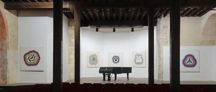 Kim Tschang-Yeul - L'Événement de la nuit à la chapelle du Méjan – Arles -Vue de l'exposition, niveau 0 - Choeur