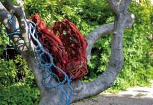 Aude Franjou, Le Coeur du figuier, 2018 - Tissage / Tressage... quand la sculpture défile à la Villa Datris