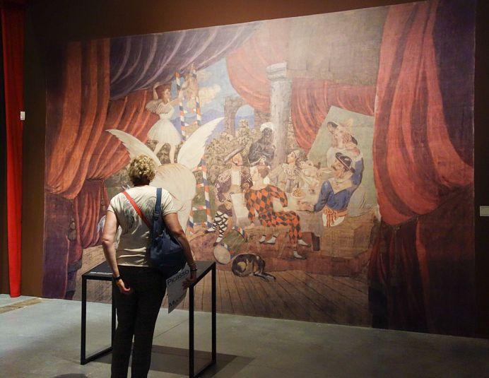 Reproduction du rideau de scène pour le ballet Parade, 1917 - Picasso et les Ballets russes, entre Italie et Espagne au Mucem