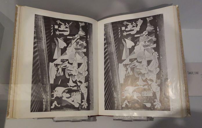 Pablo Picasso, Cahiers d'art 1937, 12e année, no 4-5 - Picasso - Donner à voir au Musée Fabre