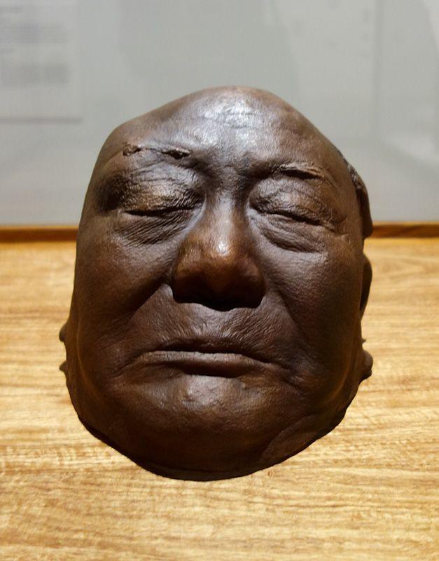 Ai Weiwei, Masque mortuaire de Ai Qing, 2014 – Exposition Fan-Tan au Mucem