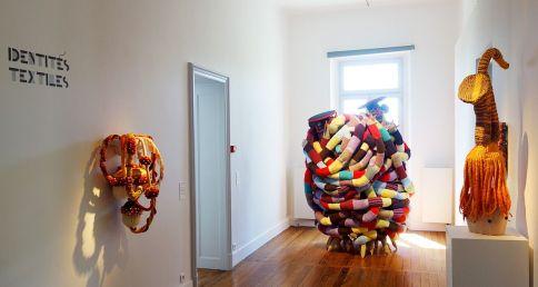 Exposition Tissage - Tressage à la Villa Datris - Identités textiles
