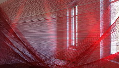Romina De Novellis, La Veglia - Tissage - Tressage... quand la sculpture défile à la Villa Datris