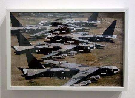 René Burri, B52 dans un cimetière d'avions, Tuscon, USA, 1986 - Les pyramides imaginaires aux Renconres Arles 2018