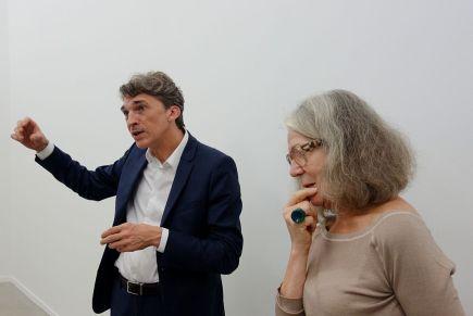 Erik Dietman - La Verticale (Millésimes 1962 à 2001) à La Panacée - Nicolas Bourriaud et Claudine Papillon