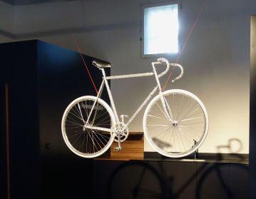 gethan&myles - icare ; Mont Ventoux, 80kmh - Besoin de vélo à la Cartine - Photo En revenant de l'expo !