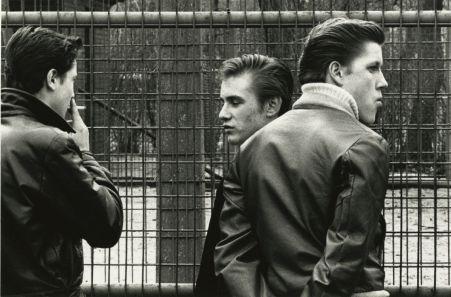 Joseph Sterling The age of adolescence, Chicago s.t. 1959 – 1964 Tirage sur papier aux sels d'argent © The Estate of Joseph Sterling