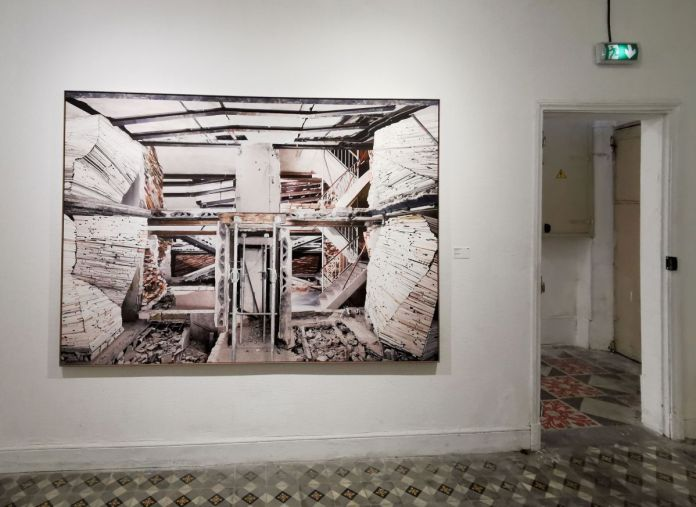 Marjan Teeuwen - Destroyed House - Les Rencontres Arles 2019 - Exposition - Photo En revenant de l'expo !