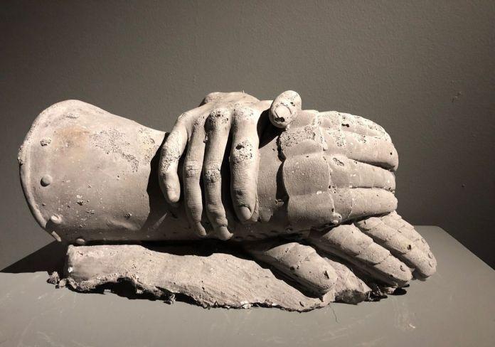 Ugo Schiavi - Les mains de Jeanne d'Arc, 2019
