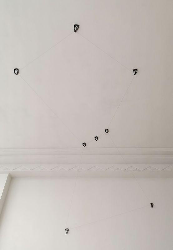 gethan&myles Lines / the distance between us au Studio Fotokino - Marseille - Orion - projet d'œuvre in-situ - voie impossible sur la Falaise des Toits