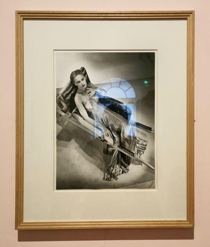 Man Ray - La Brouette d'Oscar Dominguez, vers 1930 - 1978 - Man Ray, photographe de mode - Musée Cantini - Man Ray et Oscar Dominguez, histoire d'une rencontre