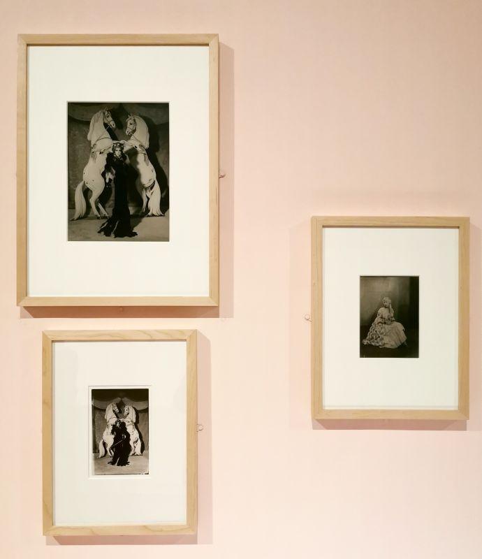 Man Ray - La Marquise Casati, 1935 - Man Ray, photographe de mode - Musée Cantini - Bals, extravagances et célébrités
